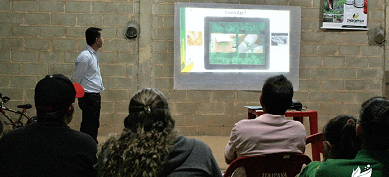promip manejo integrado de pragas controle biologico beneficios uso de biologicos sao apresentados em evento para produtores morango (1)